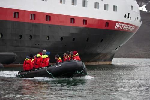 MS Spitsbergen, Tenderboot