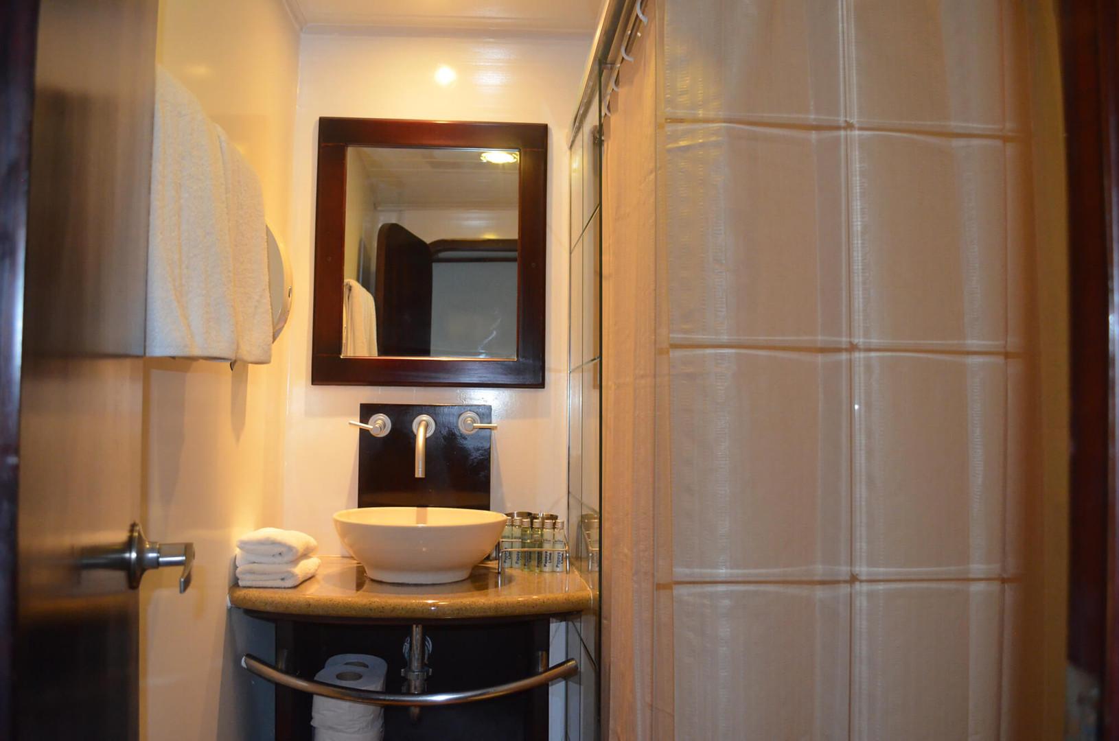 Standard Cabin, Badezimmer