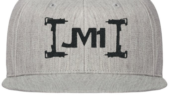 JM1 FITTED HAT