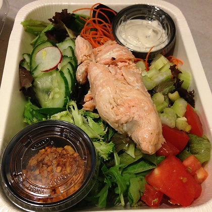 Field greens salad with epic smoked salmon and Car
