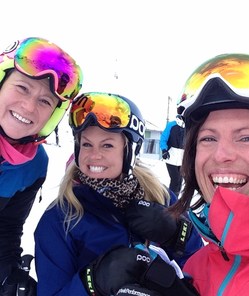 Amanda with ski buddies Lynn and Chemmy