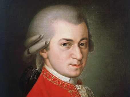 Can you tell when this Mozart Symphony changes key?