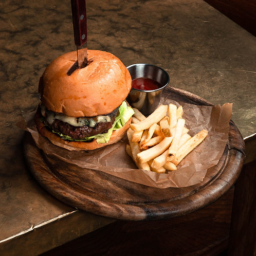 Бургер Блю Чиз с карамелизированным луком