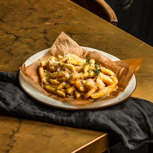 Картофель фри с трюфельным пармезаном
