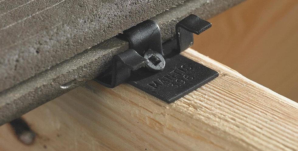 Mantis Deck Clip System