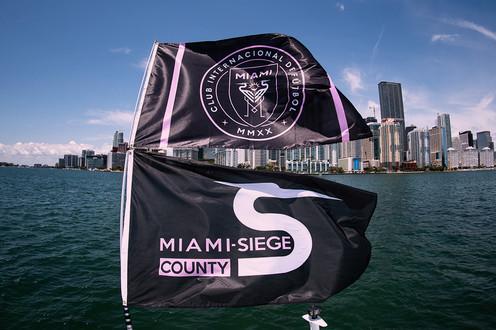 Flag-Boat2-web.jpg
