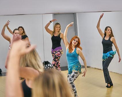 Kevla teaching a bellydance class in Winnipeg