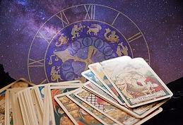 Astrology-Tarot_512x350_4c1ed840-1d3d-44