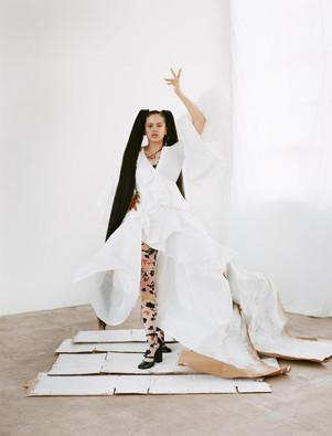 solace-london-dress-versace-tights-versa