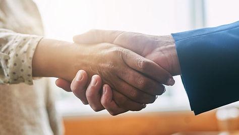 skynews-handshake-man-woman_4398709.jpg