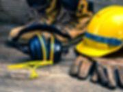 construction-safety-officer-equipment.jp