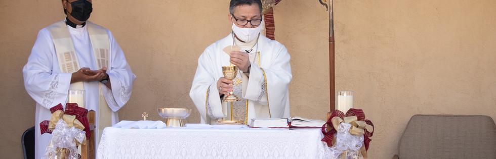 BishopRojasMass-8.jpg