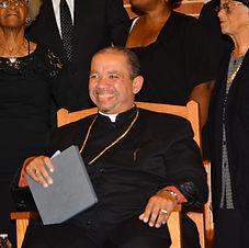 Bishop Smling.JPG