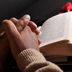 praying-hands-bible-10243908.jpg