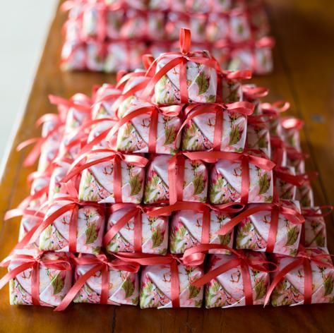 Embalagem para bem-casados/brownies personalizada