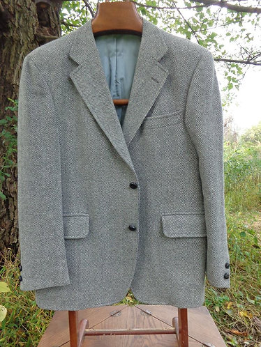 "VINTAGE Jos. A. Bank, ""Red Label"" 3./2 sack in classic light grey herringbone"