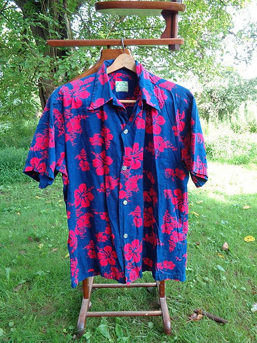 1960s VINTAGE Ui-Maikai Hawaiian Shirt
