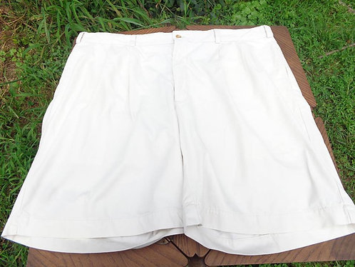 Bill's Khakis Paperwhite