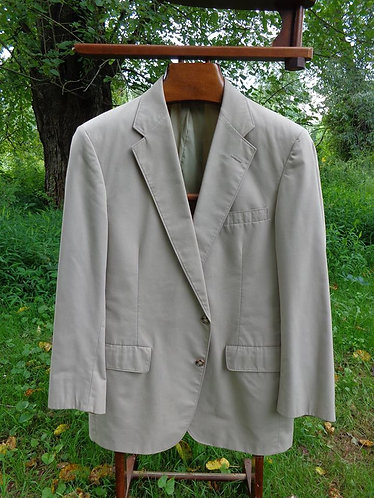 Wash and Wear Suit in Classic Light Tan