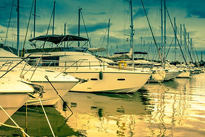 yacht-3936868.jpg