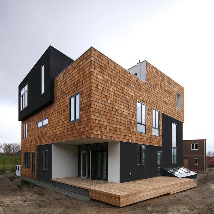 bozel HUG HOUSE