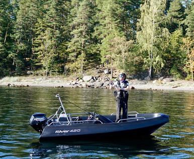 river 420xr fishing.jpg