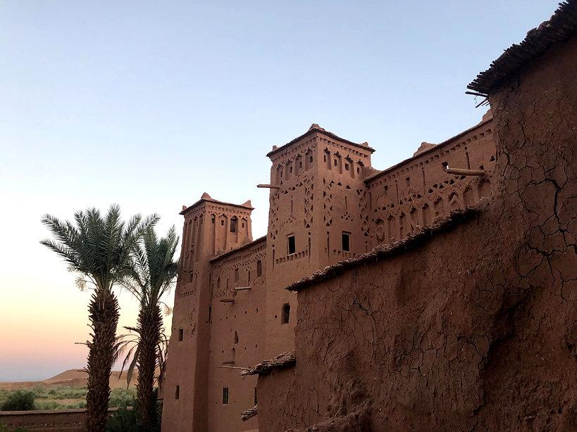 1906_dk_ait-ben-haddou-kasbah-at-sunset_