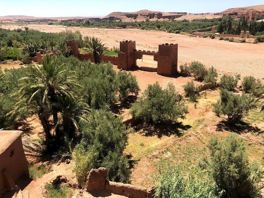 view-from-top-of-ait-ben-haddou-of-valle