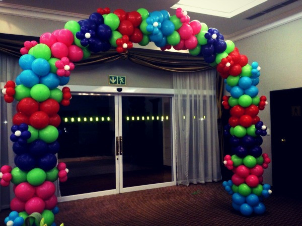 Kentucky Year-End Event Arch