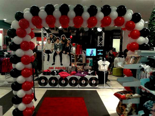 One Direction Edgars Arch