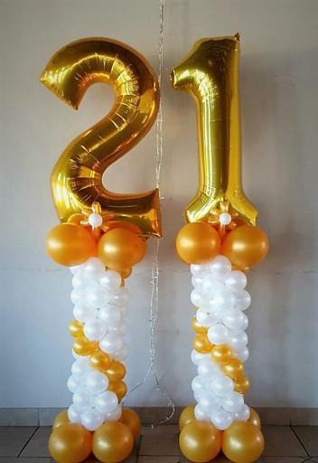 Gold & White No 21