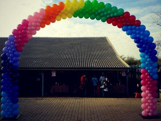 Elegant Rainbow Arch