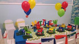 Bright Balloon Centerpieces