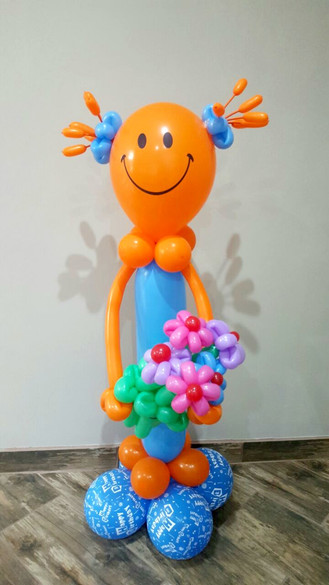 Happy Figurine with flowers