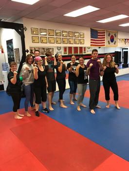 KickboxingGroup.JPG