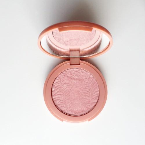 tarte-amazonian-clay-blush-peaceful-long-wearing-richmond-va-makeup-blogger