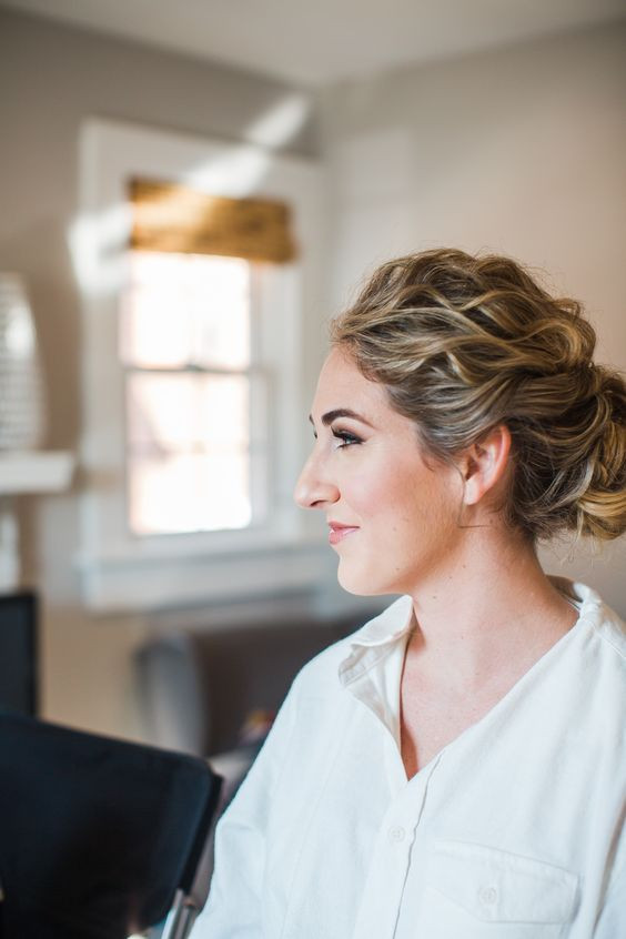 blonde-textured-updo-waves-highlights-best-bridal-hairstylist-richmond-charlottesville-dc