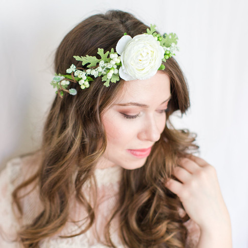 white-roses-bridal-floral-crown-handmade-art-craft-richmond-va-flowers