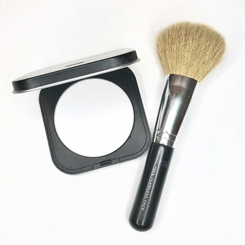 cover fx loose powder it cosmetics bye bye pores finishing airbrush powder makeup forever hd setting powder best mattifying powders