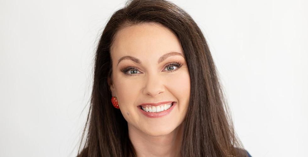 business-headshot-branding-richmond-virginia-dc-hairstyling-and-makeup