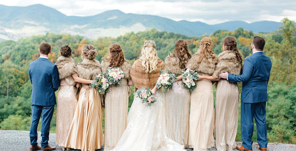 southern-mountain-wedding-mobile-hairstyling