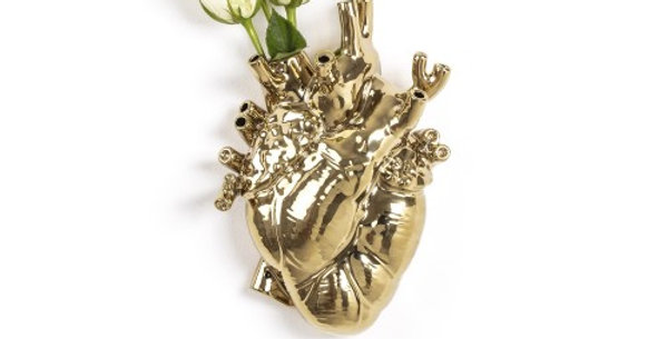 SELETTI 'LOVE IN BLOOM-GOLD' PORCELAIN HEART VASE Cm.16,5x9 h.25
