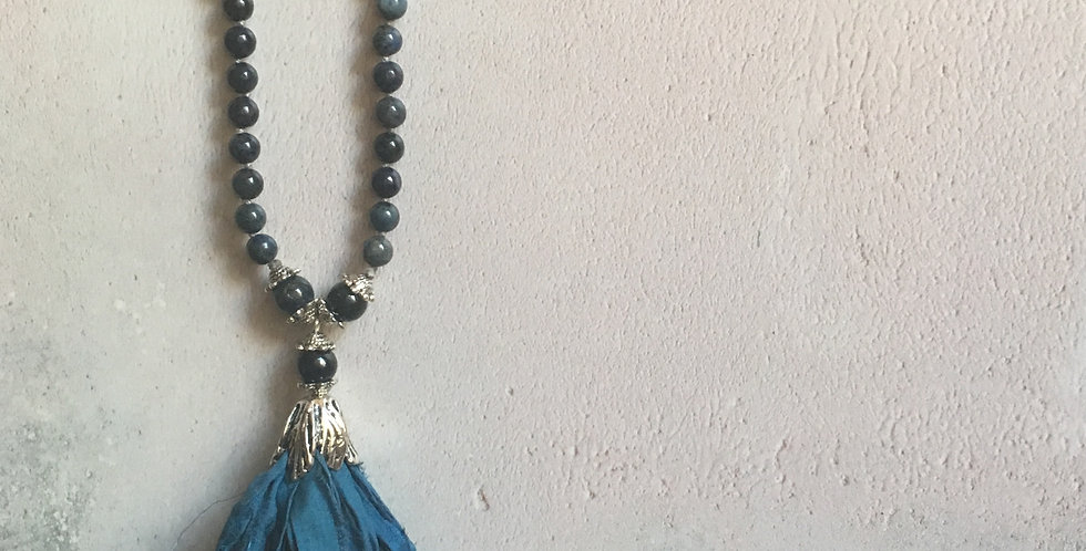 Dumortierite & French blue Sari-silk Knotted necklace