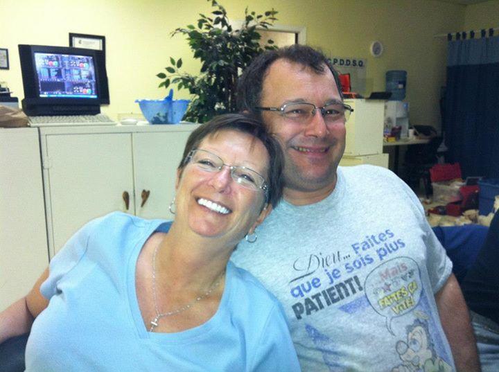 Daniel et Carole toujours prêts à aider!