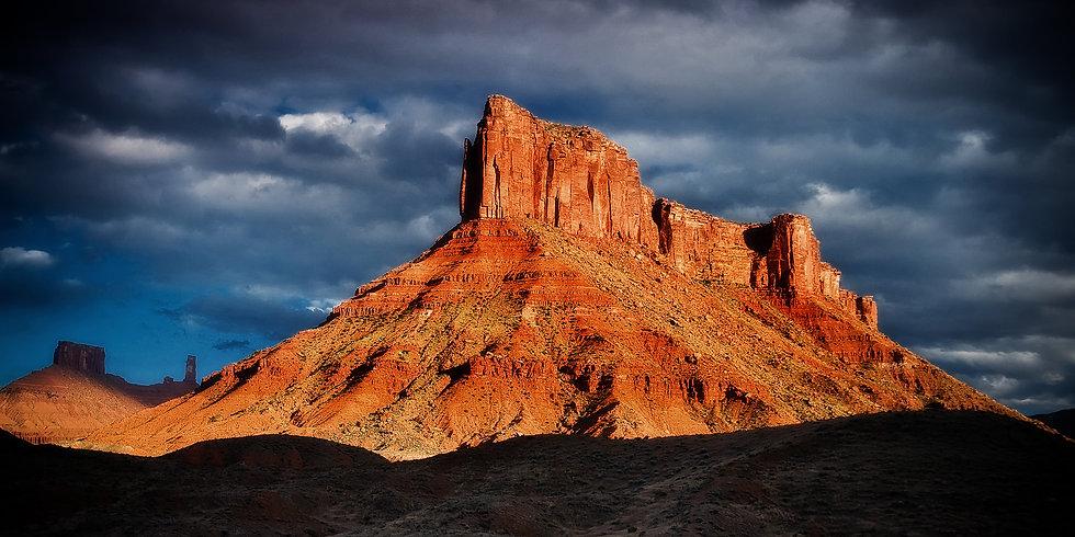 Den of the Sky Cliffs SP234
