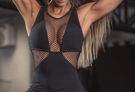 Modelo con Mono fitness super sexy de tutienda-fitness.com
