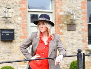 Business Spotlight Interview: Gemma Elizabeth Conway of Cotswold Cottage Gems.