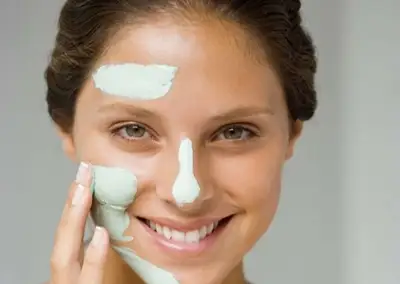QUICK AND EFFECTIVE WAYS TO TREAT DRY SKIN