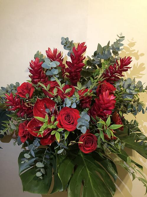 Buquê mix flores vermelhas GG