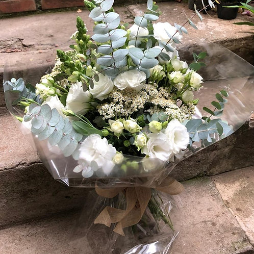 Buquê de flores brancas